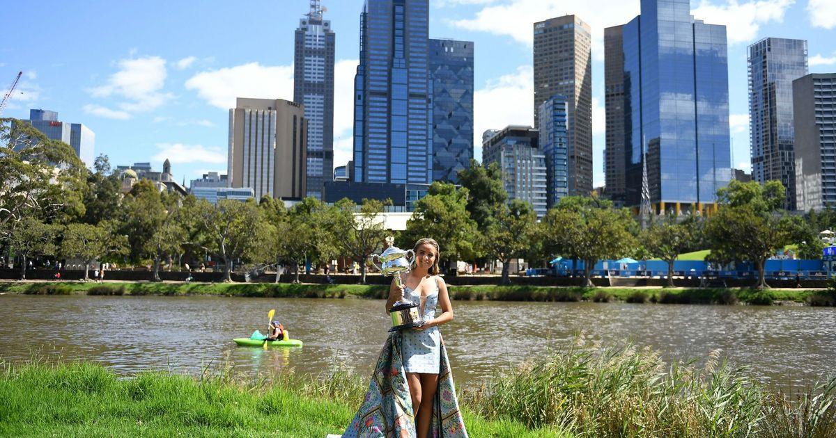 Sofia so good: Kenin's Australian Open trophy tour in Melbourne